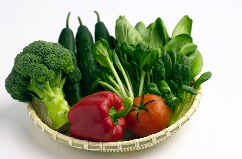Những thực phẩm giúp lông gà mượt hơn